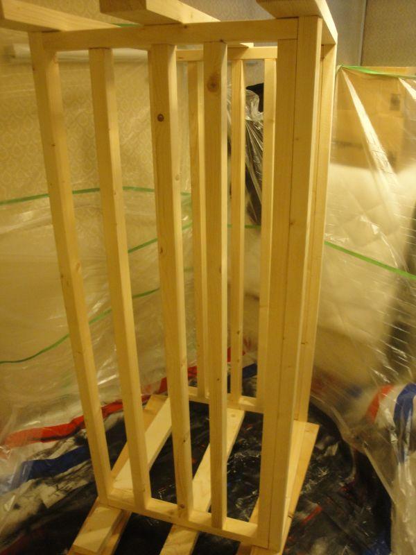 養生した部屋とこれから塗装する水槽台