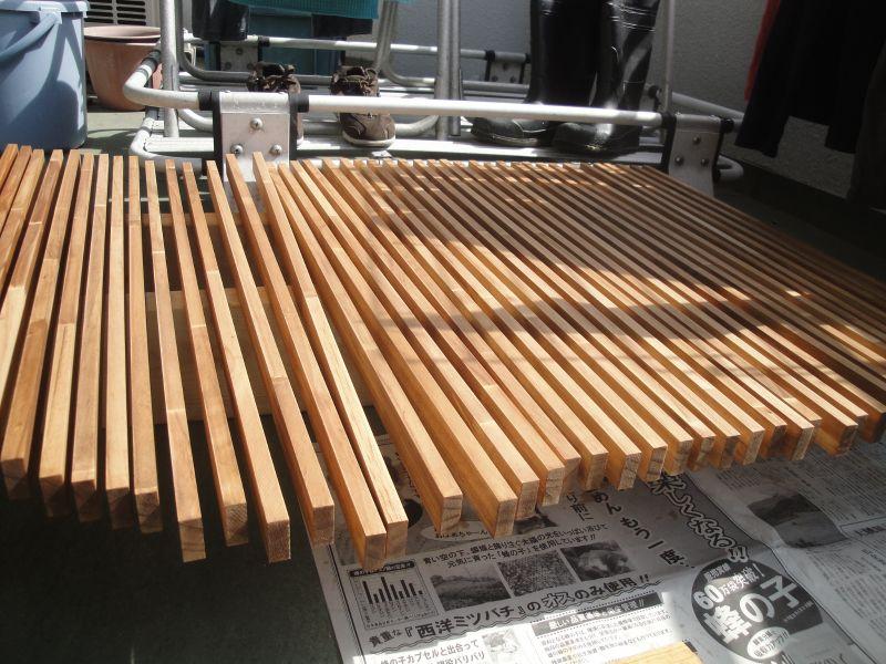 塗装後の木材