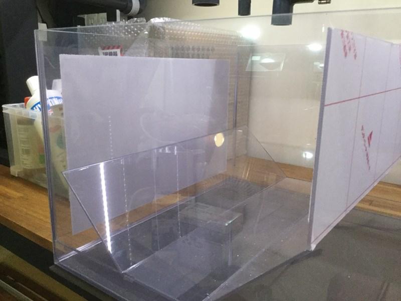 流動ろ過槽の側面を設置
