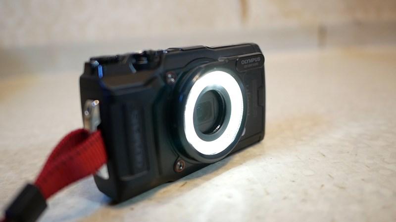 LG-1発光